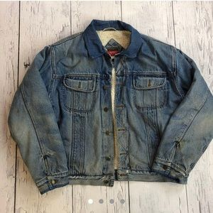 Vintage wrangler denim jacket Sherpa lining xl